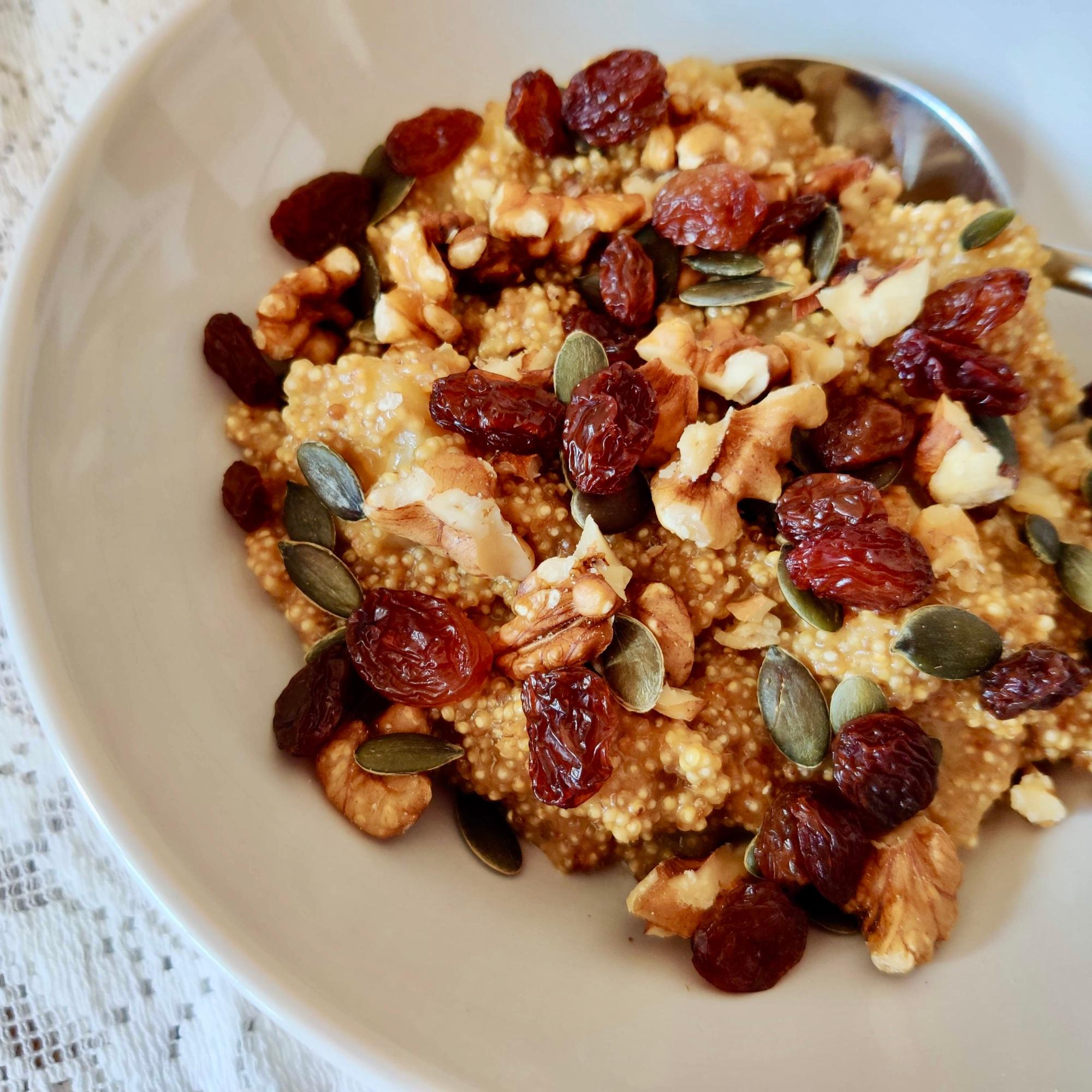 Certified gluten-free quinoa is an ideal alternative to oats.