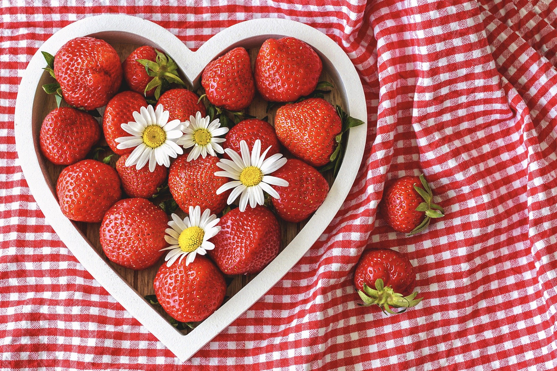 Strawberries help your brain to communicate with your digestive system.