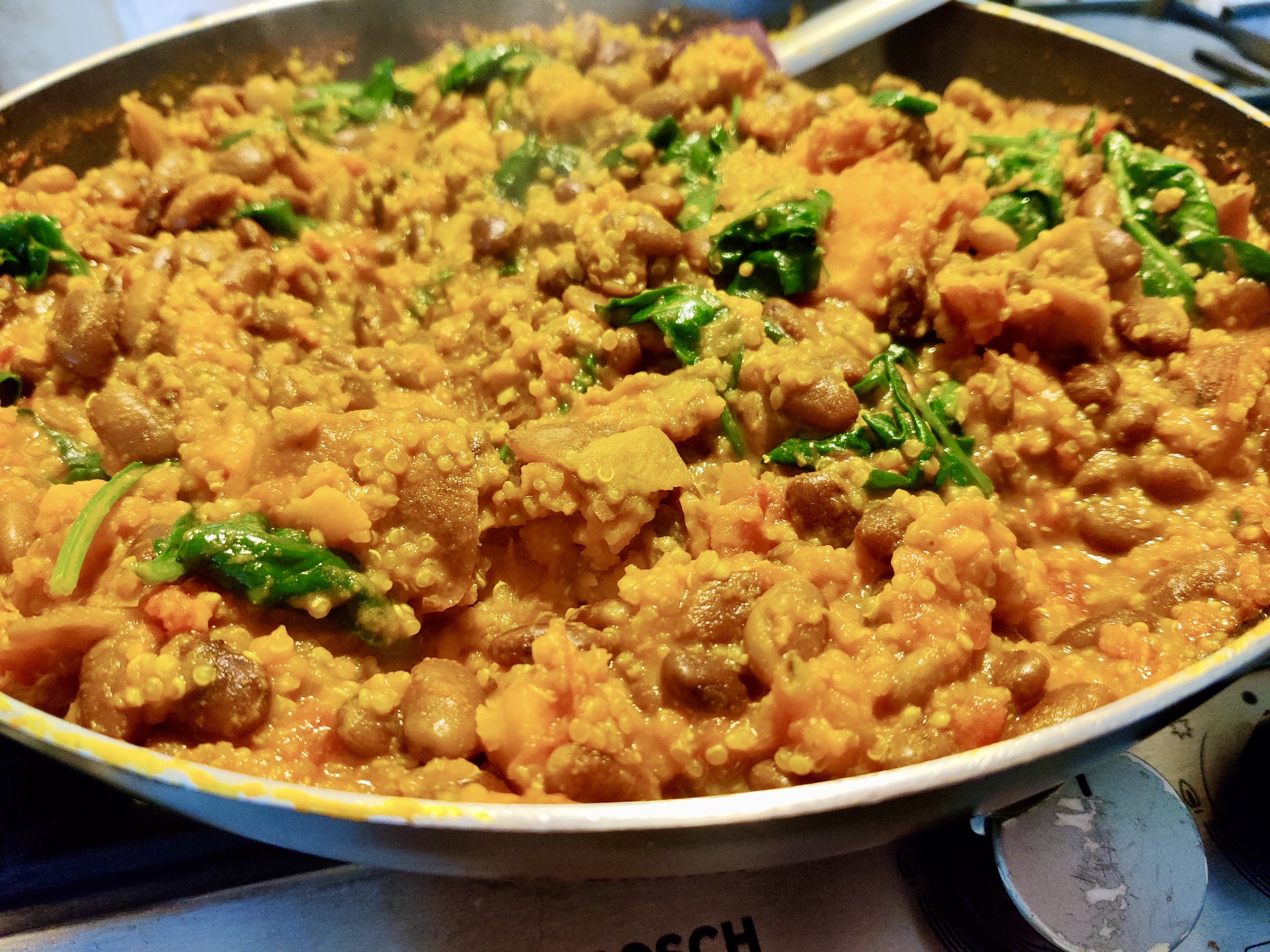 This pinto bean, quinoa and turmeric curry is dairy-free and gut-friendly.