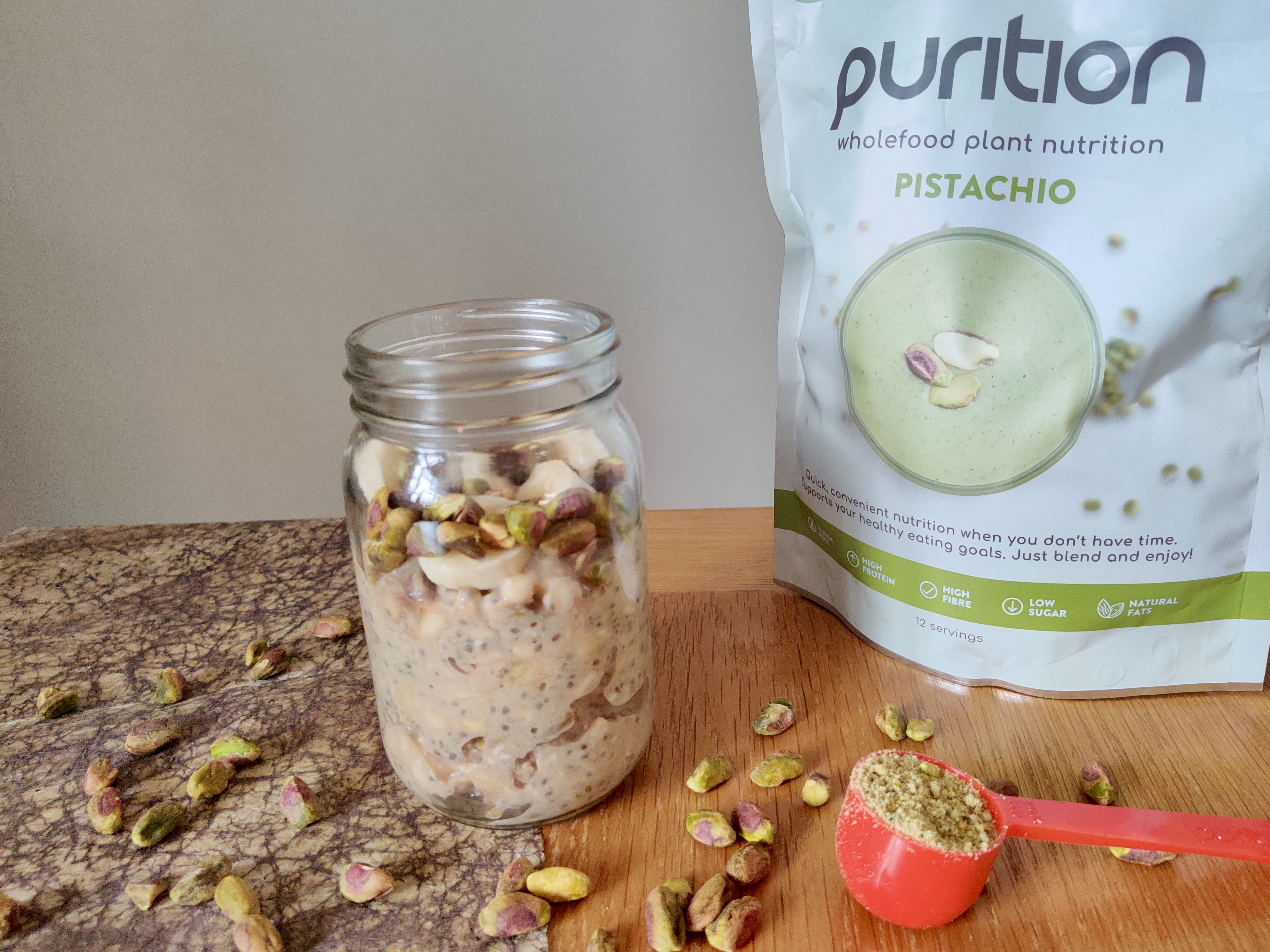 Pistachio overnight oats are packed with fibre which encourages healthy digestion.