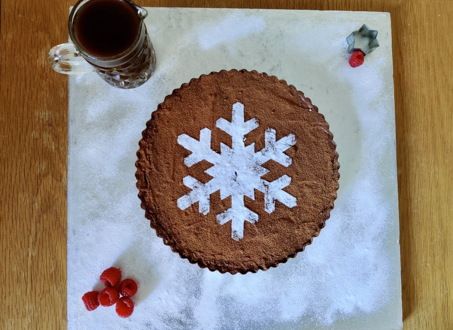 This no-bake Christmas salted caramel and dark chocolate torte is naturally gluten-free, meaning it's suitable for multiple dietary requirements.